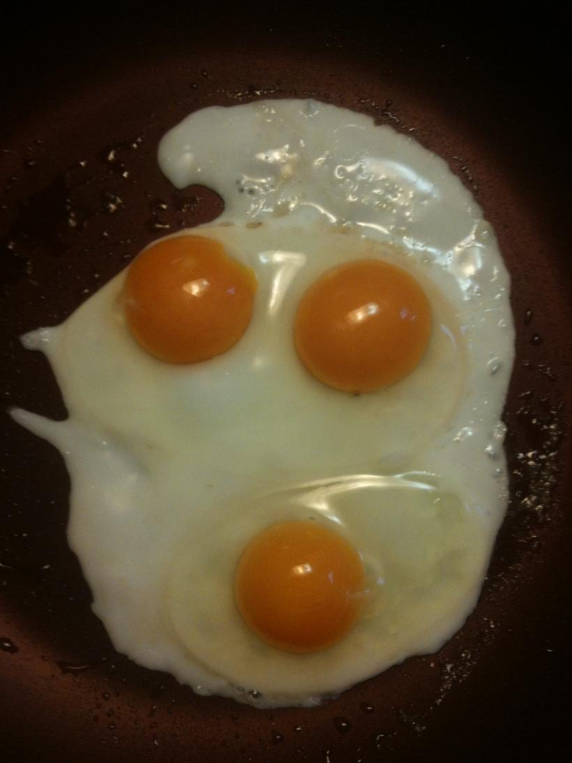 mini-double-yolk